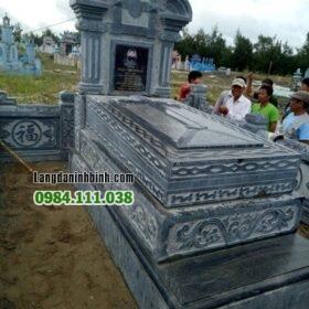 lăng mộ đá công giáo MN 10