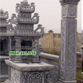 Lăng mộ đá 3 mái trong khu lăng