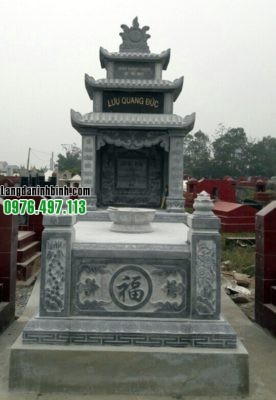 Mặt trước mộ đá 3 mái