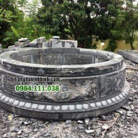 Lăng mộ tròn chạm chữ phúc