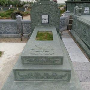 mộ đá xanh rêu hà trung thanh hóa